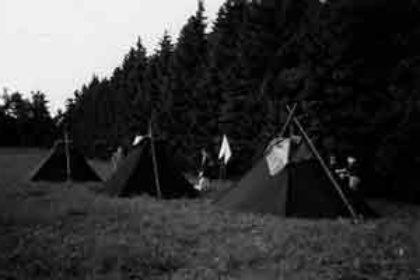 Oiseaux Migrateurs - Wandervogel - Khotes - Les tentes ramenées pas Tusk de son raid en Laponie
