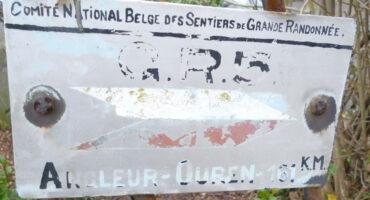 Plaque commémorative du premier GR5
